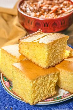 Complete a bowl of chili with this EASY, Semi-sweet Cornbread recipe. This fluffy cornbread recipe calls for BASIC ingredients, so you may just have everything on hand.