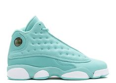Air Jordan 13 Retro GS Was ist Love Pack – Street Sole - Damenschuhe Jordan Shoes Girls, Girls Shoes, Shoes Women, Sneakers Fashion, Shoes Sneakers, Converse Shoes, Mules Shoes, Shoes Sandals, Cool Winter