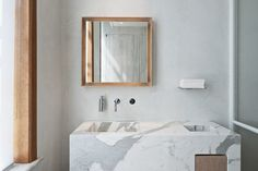modern-white-bathroom-dpages-3