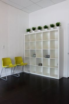 Where do your members store their shoes and personal items? These shelves make would make a great option for your members to store their belongings in before a class. Visit Juicernet.com to find out how adding juicing to your Yoga Studio can increase profits, customer satisfaction, and memberships.