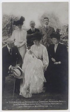 Arthur and Luise with their children Margaret, Arthur and Patricia, son-in-law Oscar and grandson Gustaf Adolf