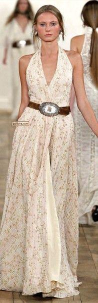 a maxi dress and a waist belt create together such a feminine and classic look!  Ralph Lauren SS 2011