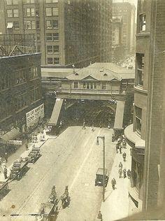 Looking north on Dearborn at Van Buren, 1923, Chicago