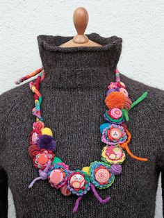 handmade fiber necklace from rRradionica http://www.etsy.com/shop/rRradionica http://rrradionica.blogspot.com #jewelry #accessories #textile_art