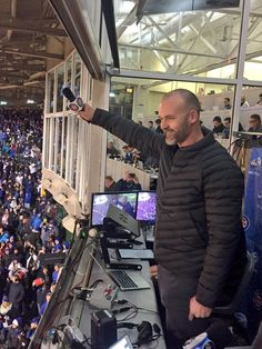 Elegant David Ross Singing Take Me Out To The Ballgame After Rhe Cubs World Series  Ring Ceremony