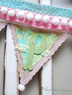 Classy Clutter: A tutorial to cheer you up! Spring banner tutorial