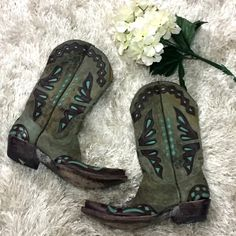 Old Gringo Turquoise Butterfly Boots Sz 8 1/2 Beautiful Old Gringo Butterfly Cowboy Boots with a light animal print overlay. The main color is olive combined with dark brown and turquoise accents. Originally purchased in 2008 and have not been worn in 6 years. In very good condition as they were not worn more than a handful of times. They are size 8 1/2. :) Old Gringo Shoes Heeled Boots