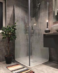 """Gefällt 2,066 Mal, 22 Kommentare - Natalie Giske Skrede (@ngs.funkis) auf Instagram: """"➕Bathroom➕ God kveld alle sammen #bathroom #bathroominspo #gullfjæren #gullfjæren_moderne…"""""""