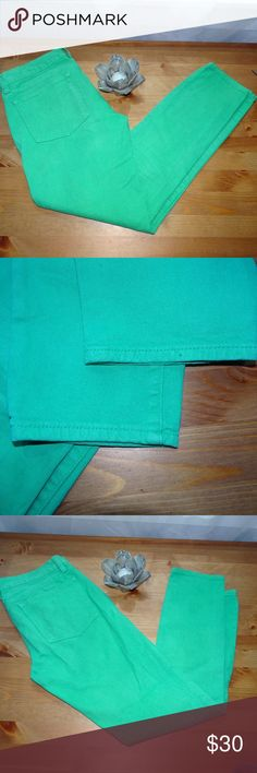 "J Crew Toothpick Ankle Jeans Vibrant green J Crew Toothpick Ankle Skinny Jeans. Great condition Across at waist 15"" Inseam 27 1/2"" J. Crew Jeans Ankle & Cropped"