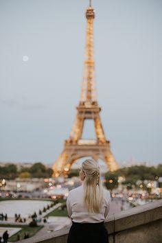 Ultimate Guide for a Romantic Weekend in Paris, France // Things to do, tips, Eiffel tower, louvre, travel, disney land, montmartre, arc de triomphe, wanderlust, macaron, notre dame, Sacré-Coeur Disney Land, Paris France, Notre Dame, Paris Skyline, Things To Do, Louvre, Wanderlust, Tower, Romantic