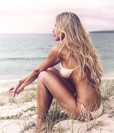 Brown ombre balayage hairstyle with blonde highlight, wonderfyl beach wave of 2015 summer