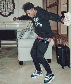 """ We all undecided "" - Youngboy !🧑🏽🎤 #fanfiction #Fanfiction #amreading #books #wattpad Fine Black Men, Fine Men, Cute Black Guys, Black Boys, Trippie Redd, Lil Baby, Baby Daddy, Baby Boy, Estilo Street"