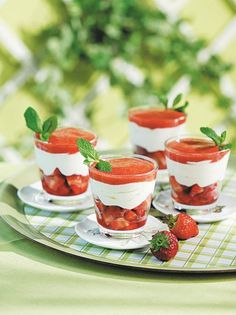 Panna Cotta, Sweets, Greek Recipes, Sweet Dreams, Ethnic Recipes, Food, Garden, Kitchen, Garten