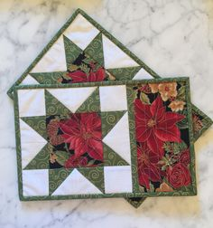 Christmas Mug Rugs - Mini Quilts - Place Mats - Candle Mats - Pointsettia - Green - Red - White - Sawtooth Star - Set of 2 - Handmade by KeriQuilts on Etsy