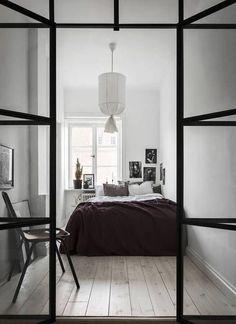 Minimalist Bedroom Design for Small Rooms - Interior Design Labs