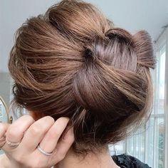 Bun Hairstyles For Long Hair, Braids For Short Hair, Bride Hairstyles, Hairstyles Haircuts, Wedding Guest Hairstyles, Natural Hair Updo, Natural Hair Styles, Short Hair Styles, Bob Hair