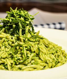 Loi Kritharaki Orzo pasta with Arugula-Walnut Pesto