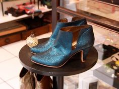 Patricia Blanchet Shoe Brands, Me Too Shoes, Things I Want, Addiction, Inspirational, My Style, Eyes, Bags, Love