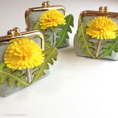 "Dandelion felt applique and embroidery mini purse by e.no.bag ""タンポポ ノ ガマグチ "" #dandelion #felt #embroidery #purse"