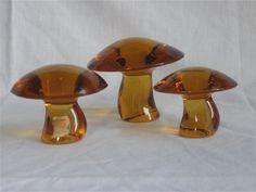 Viking Glass Epic Mushrooms in Amber-Trippy...