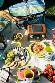 The Inviting Dinner Table Self Goal, Beach Party, Dinner Table, Outdoor Dining, Good Food, Food And Drink, Veggies, Hello Summer, Aerial Photography
