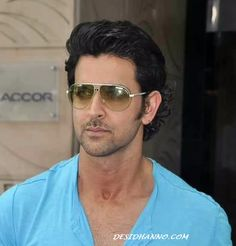 HRITHIK ROSHAN STEP OUT FROM SHUDHI PROJECT