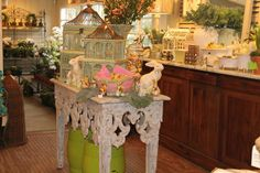 Boxwoods in Buckhead.  Just to give you a feel of what awaits inside this amazing place.  Here it is done up for Easter...but every season is equally wonderful at Boxwoods.  (slj)