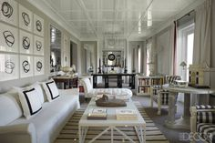 """I am facinated by white,"" Spanish designer Luis Bustamante confesses as he sits awash in the dazzling hue in the living room of his Madrid ... moree >>> in link http://solarmove.net"