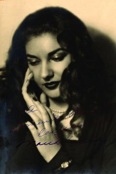 Maria Callas (1923-1977) (PT102)  Greek opera singer's signed photograph       Revered Greek opera singer, Maria Callas (1923-1977) widely regarded as the greatest soprano of all time. The  diva was gifted with a flawless singing range, skilled repertoire and a flair for the dramatic. Her talents saw her adored by millions and she was hailed as La Divina.