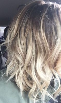 29 Gourgeous Balayage Hairstyles-Are you familiar with Balayage hair? Balayage is a French word which means to sweep or paint. It is a sun kissed natural looking hair color that gives your hair Ombre Hair Color, Hair Color Balayage, Blonde Balayage, Blonde Ombre, Balayage Hairstyle, Balyage Hair, Short Blonde, Blonde Color, Neutral Blonde