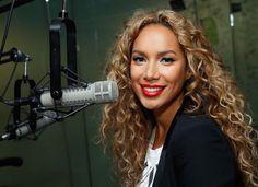 Holiday Makeup Idea: Leona Lewis' Winter-Wonderland Eyeshadow (Take a Closer Look, It's Enchanting!)