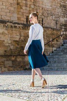 Fusta midi talie inalta Waist Skirt, Midi Skirt, High Waisted Skirt, Ballet Skirt, Instagram Posts, Skirts, Fashion, High Waist Skirt, Moda