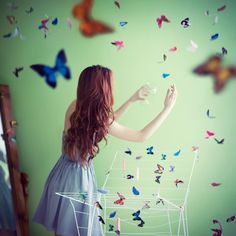 butterfly and girl image Beautiful Butterfly Pictures, Beautiful Butterflies, Butterflies Flying, Stylish Girls Photos, Stylish Girl Pic, Dark Photography, Girl Photography Poses, Profile Picture For Girls, Photo D Art