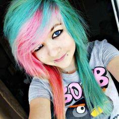 Emo Scene Hair, Emo Hair, Lip Piercing, Piercings, Scene Kids, Cool Hairstyles, Scene Hairstyles, Alternative Fashion, Dyed Hair