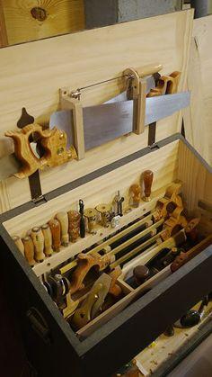 Dutch chest