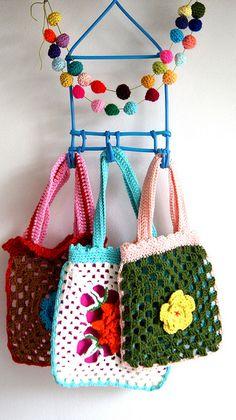 little crochet bags | Flickr - Photo Sharing!