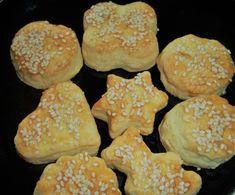 pogácsa sörkorcsolya juhtúró Face Book, Muffin, Cookies, Breakfast, Desserts, Food, Crack Crackers, Morning Coffee, Tailgate Desserts