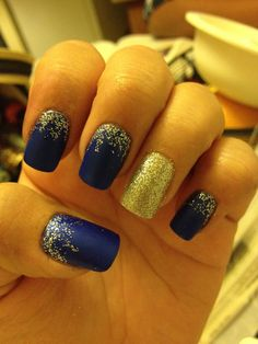 prom nails but red/maroon instead of blue