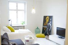 Myynnissä - Kerrostalo, Punavuori, Helsinki:   #yksiö #oikotieasunnot #olohuone #makuuhuone