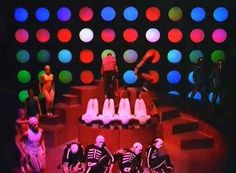 Daft Punk Around The World Someone (cough* Freemasons cough*) copied from this Daft Punk video.