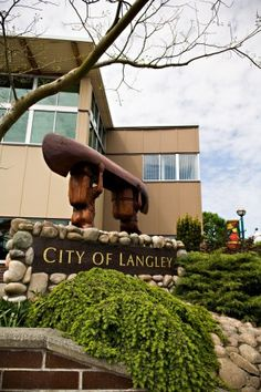 Langley City Centre and Murrayville. 10 Cool Things to do in Downtown Langley.