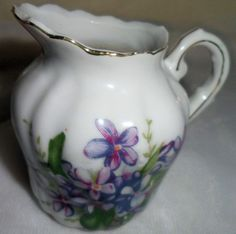 Richards Hand Painted Sweet Violets Creamer Milk Pitcher Collectible Table Japan #Richard