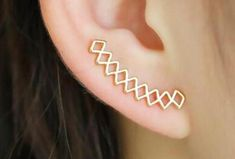 Modern Minimal Ear Piercing Ideas for Women - Criss Cross Geometric Diamond Ear Climber Crawler Earrings Stamped Metal - Pendientes de escalada de oreja de metal geométrico minimalista criss cross minimalista moderno -www.MyBodiArt.com
