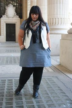 BBW fashion! Everyday look, cute and simple.  I love long tunics over leggings!