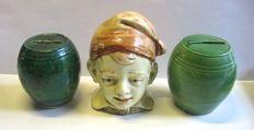 set van 3 antieke aardewerk spaarpotten, West/Centraal Europa,