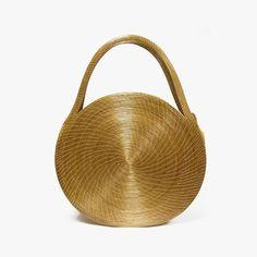 Capim Dourado Jalapão, made in Brazil  | Handcrafted Fashion | Brands to know about: www.capimdouradojalapao.com