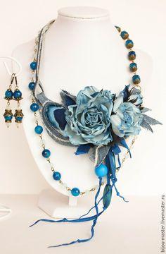 Купить Комплект НЕЖНЫЙ ДЭНИМ - увядшие розы, бохо, винтажные цветы, колье с розами