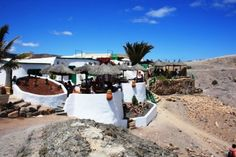Private Investigation in Lanzarote: http://www.answers.uk.com/services/lanzarote.htm  Lanzarote is the location of many investigations, something we are very experienced with, both during and off season - discreetly and professionally Tel: 020 7158 0332 http://www.londoncityeye.co.uk