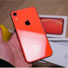 This is iPhone______ Comment below which one is this iphone model . Iphone 7 Plus 32gb, Iphone 8, Coque Iphone, Apple Iphone, Iphone Cases, Iphone Pics, Samsung, Leica, Iphone Insurance