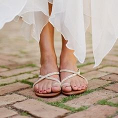 Still looking for bridal shoes? How about flat sandals, they are the perfect choice for a Mediterranean wedding! Pic by Meg Smith